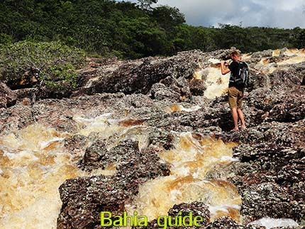 Strong currents on the river of Lençois, the best views while visiting Chapada Diamantiana national park, trekkings and walks while visiting Brazil's Chapada Diamantiana national park / Ivan Bahia Guide, traveling in Brazil, #IvanBahiaGuide #SalvadorBahiaBrazil #BrazilEssential #ChapadaDiamantina #ToursByLocals #GayTravelBrazil #IBG #FotosBahia #BahiaTourism #BahiaTravel #FotosChapadaDiamantina #fernandobingretourguide #BrazilTravel #ChapadaDiamantinaGuide #ChapadaDiamantinaTrekking #Chapadaadventure #BahiaMetisse #BahiaGuide #diamantinamountains #DiamondMountains #ValedoPati #PatyValley #ValeCapao #Bahia #Lençois #MorroPaiInacio (ref. Brazilian Grand Canyon)