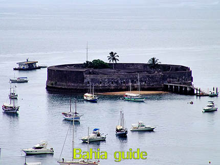 Point of views in Salvador while visiting Bahia with Ivan Salvador da Bahia & official tour guide during the Salvador, 500 years in 1 day tour, Forte de São Marcelo built during the governing of Francisco Barreto in the 17th century