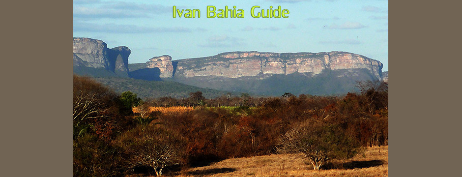 Mountain views surrounding the famous cave region while visiting Chapada Diamantiana national park with Ivan Salvador da Bahia & official tour guide