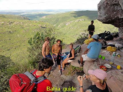 Lunch-picknick vanop een bevoorrechte plaats, fotos Chapada Diamantina nationaal park, wandelingen & trekking met vlaamse reis-gids Ivan (die al 10 jaar in Bahia woont) voor uw rond-reis met begeleiding in het Nederlands in Brazilië