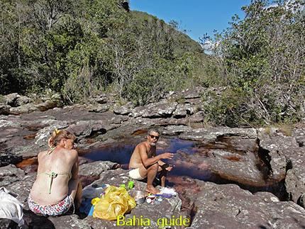 Lunch-picknick in het wild, fotos Chapada Diamantina nationaal park, wandelingen & trekking met vlaamse reis-gids Ivan (die al 10 jaar in Bahia woont) voor uw rond-reis met begeleiding in het Nederlands in Brazilië