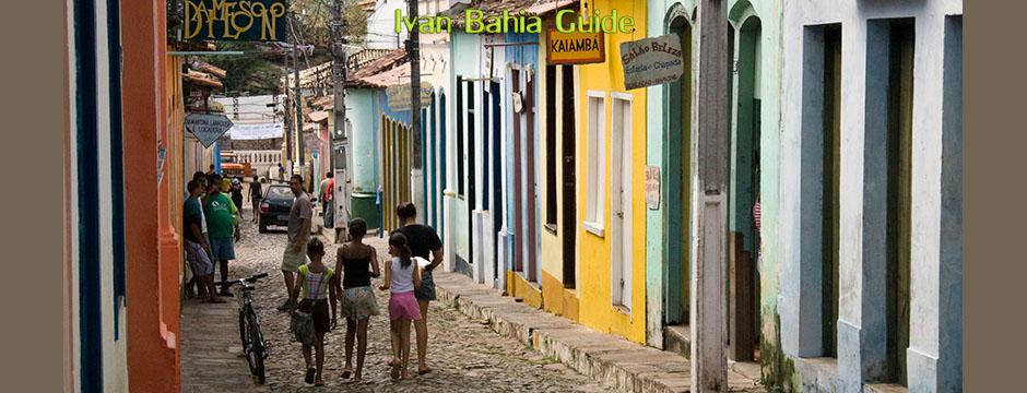 Walking the charming cobled streets of Lençois - Chapada Diamantina - Ivan Salvador & Bahia tour guide